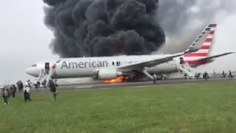 Image: Plane on fire at O'Hare Airport in Chicago