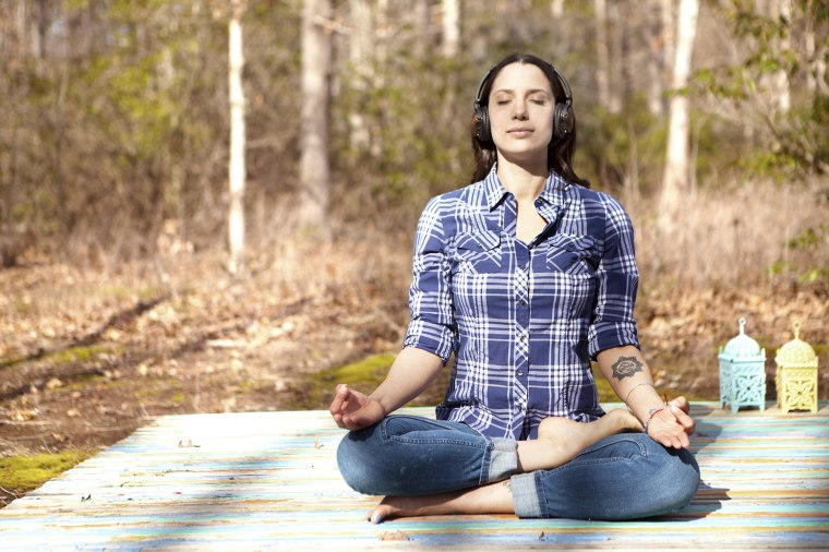 This 4-minute meditation is the secret to a better morning
