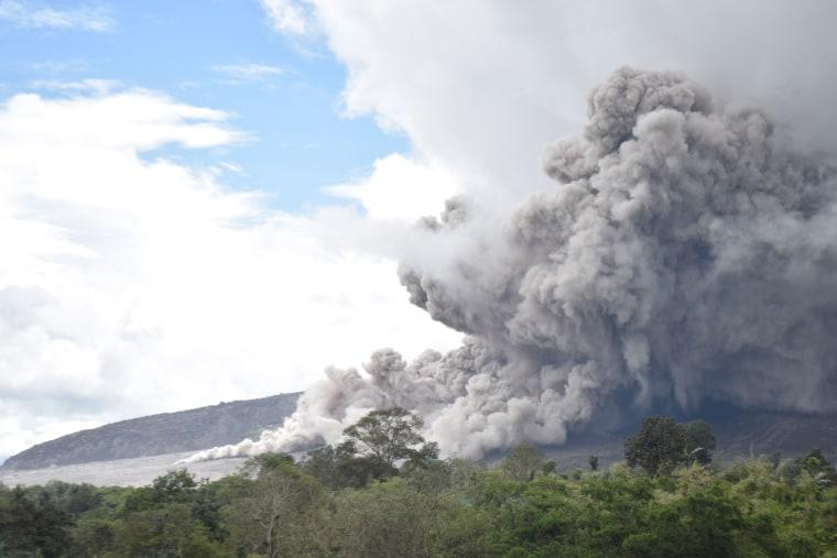Image: TOPSHOT-INDONESIA-VOLCANO