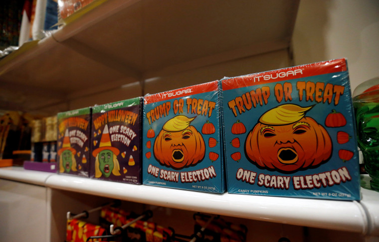 Image: Candy inspired by Republican Presidential candidate Donald Trump and Democratic Presidential candidate Hillary Clinton is pictured at It's Sugar candy shop in Pasadena