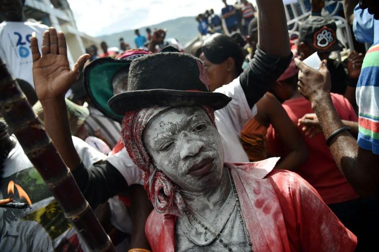 Image: HAITI-FESTIVAL-VOODOO-SAMDI-GEDE