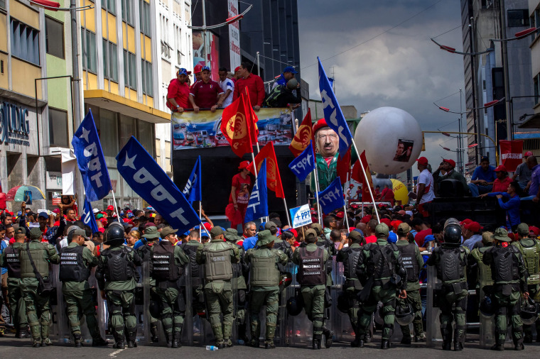 Image: Demonstration in Caracas supporting Government of President Nicolas Maduro