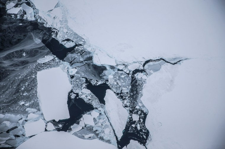 Image: NASA's Operation IceBridge Maps Changes To Antartica's Ice Mass