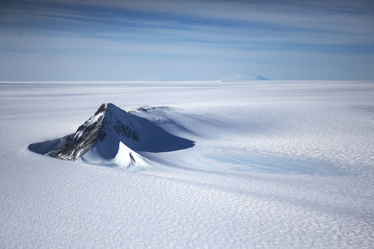 Image: BESTPIX - NASA's Operation IceBridge Maps Changes To Antartica's Ice Mass