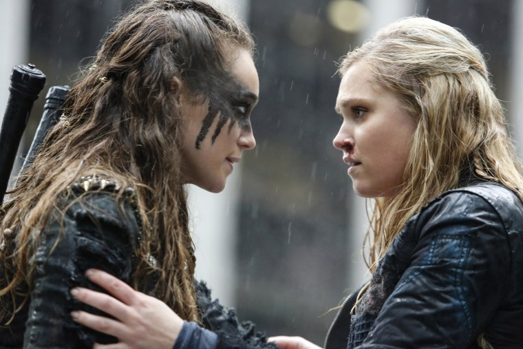 "Lexa and Clarke in ""The 100."""