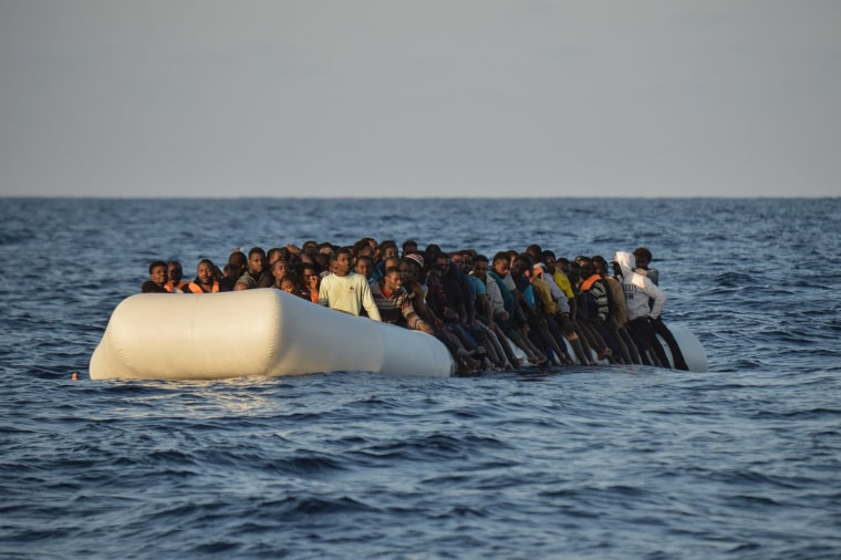Image: TOPSHOT-ITALY-IMMIGRATION-REFUGEES-RESCUE