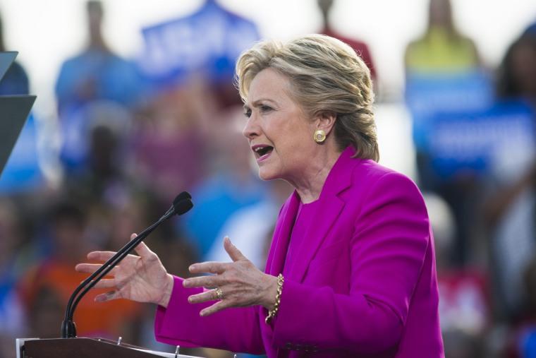 Image: Hillary Clinton Campaigns in North Carolina