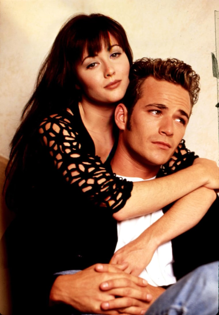 BEVERLY HILLS, 90210, 1990-2000, Shannen Doherty, Luke Perry, 1992