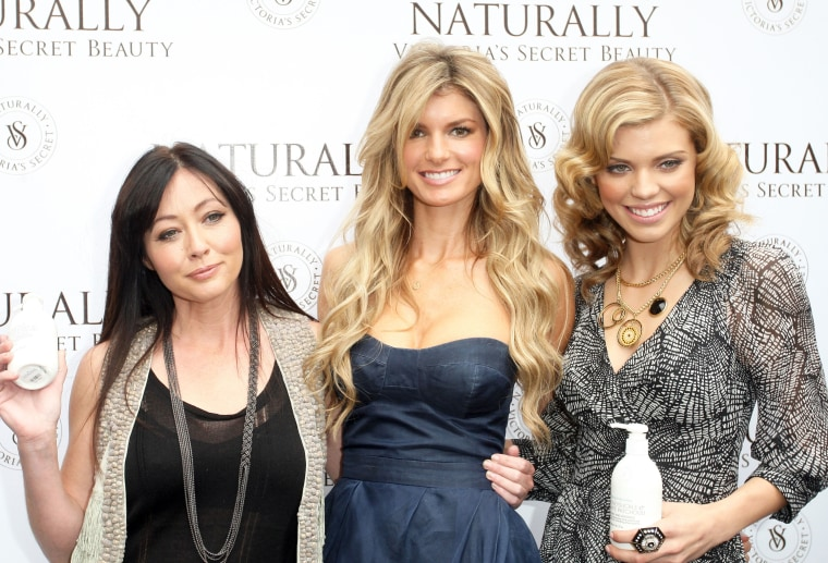 """Shannen Doherty and AnnaLynne McCord Unveil \""""Naturally\"""" Victoria's Secret"""