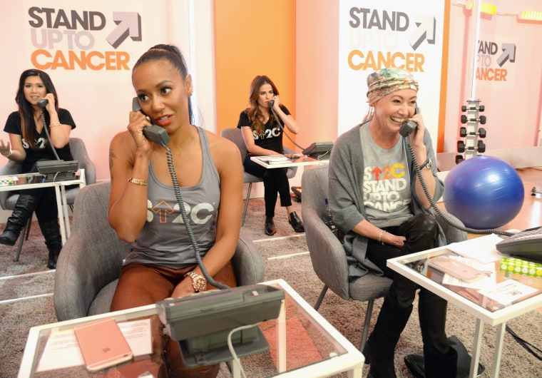 Image: Hollywood Unites For The 5th Biennial Stand Up To Cancer (SU2C), A Program Of The Entertainment Industry Foundation (EIF) - Show
