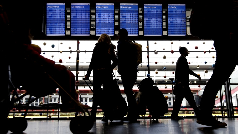 Expert tips on how to avoid stressful Thanksgiving travel