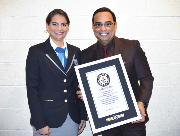 Grammy award-winning singer Gilberto Santa Rosa honored with Guinness Worlds Records title.