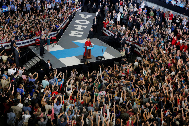 Image: U.S. Democratic presidential nominee Hillary Clinton speaks at a campaign rally in Raleigh