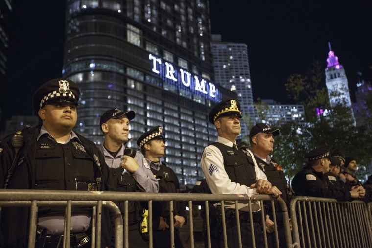 Image: Protests Erupt Around Country Day After Donald Trump Elected President