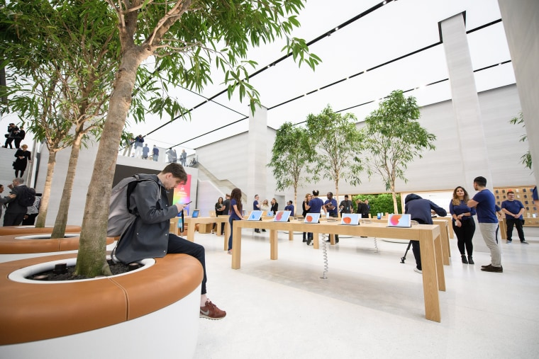 Image: An Apple store in London