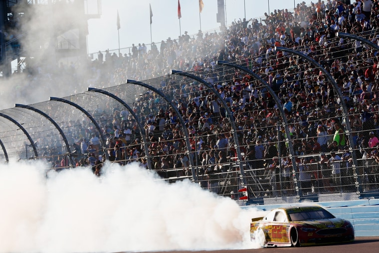 Image: BESTPIX - NASCAR Sprint Cup Series Can-Am 500