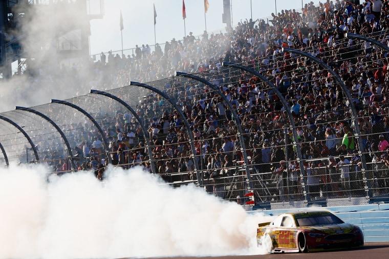 Image: BESTPIX - NASCAR Sprint Cup Series Can-Am 500