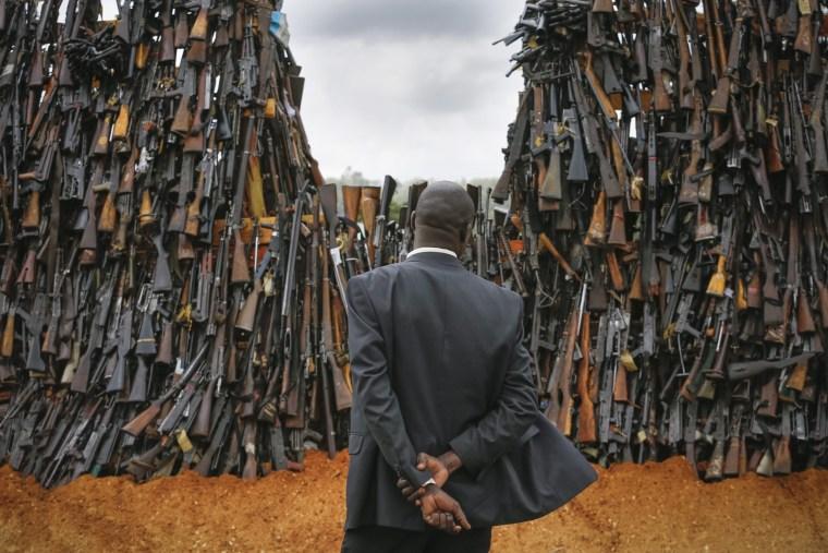 Image: Kenya burns 5,250 illegal firearms