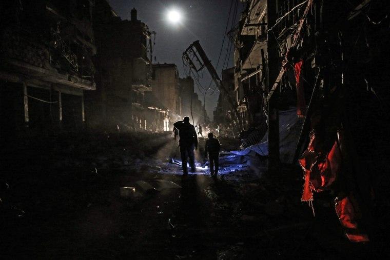 Image: TOPSHOT-SYRIA-CONFLICT-DOUMA