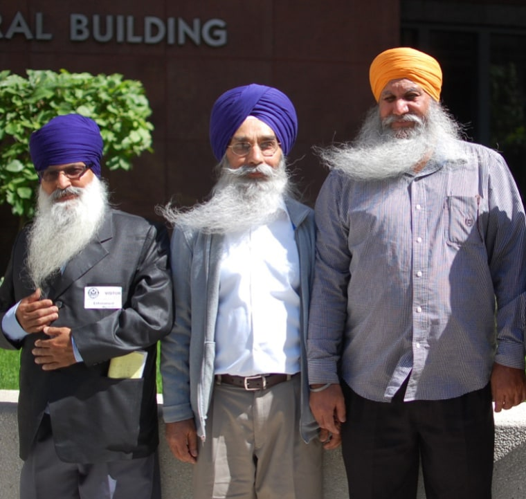 After a seven-year federal investigation, four Sikh-American truck drivers have reached a landmark settlement agreement with one of America's largest trucking companies, J.B. Hunt, for religious discrimination.