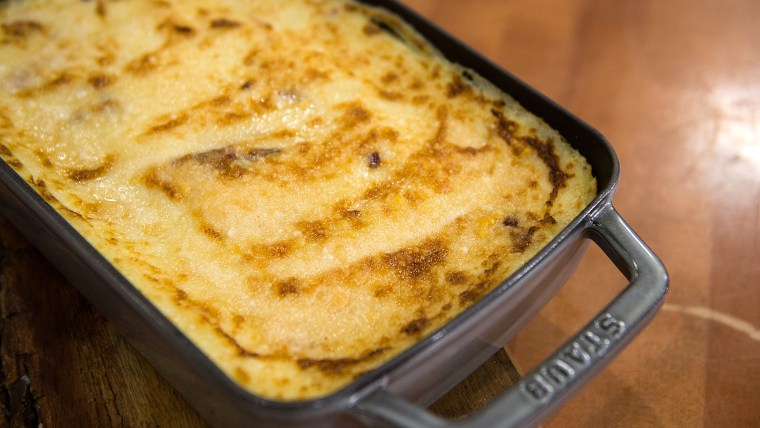Curtis Stone's Baked Mashed Potatoes with Bacon.TODAY, November 23rd 2016.