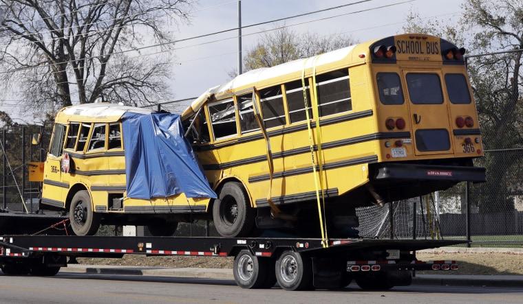 Image: Chattanooga bus crash