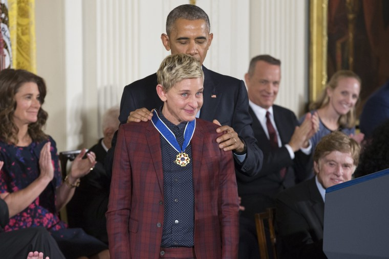 Image: US President Barack Obama awards the Presidential Medal of Freedom