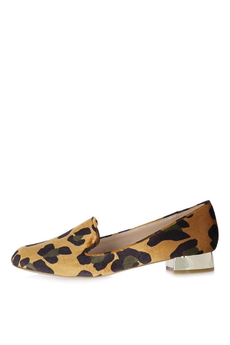 Leopard velvet loafers