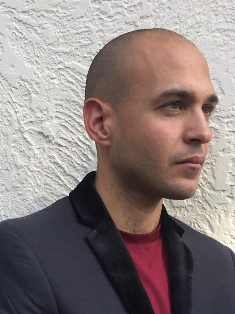 Headshot of Puerto Rican novelist and publisher Jonathan Marcantoni