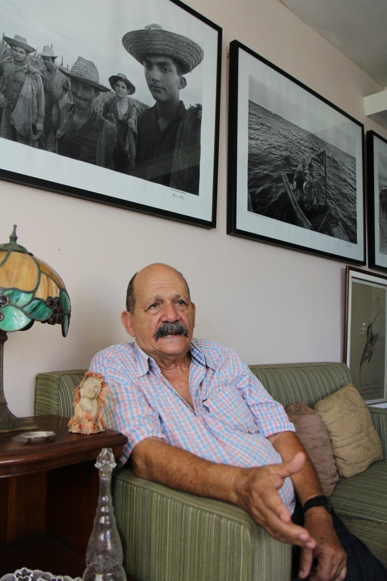 Ernesto Fernandez, 75, gained fame for photos taken during the Bay of Pigs conflict.