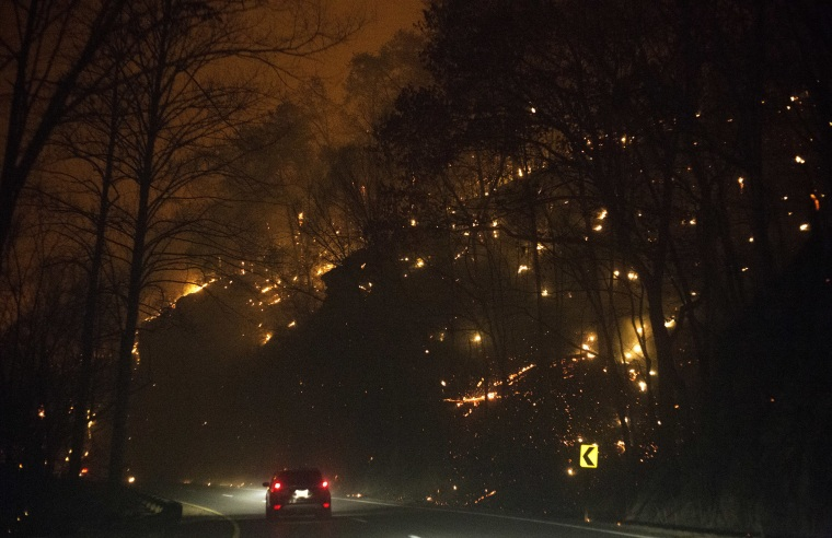 Image: Fire erupts on both side of Highway 441 between Gatlinburg and Pigeon Forge