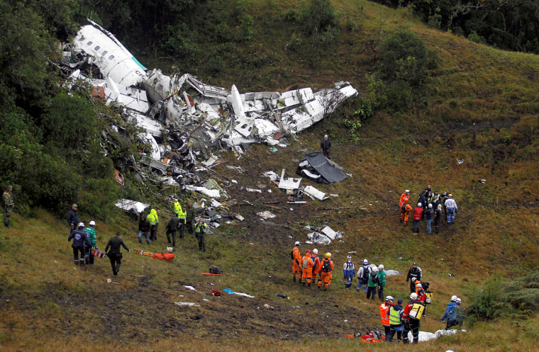 Image: Wreckage from a plane that crashed into Colombian jungle with Brazilian soccer team Chapecoense is seen near Medellin