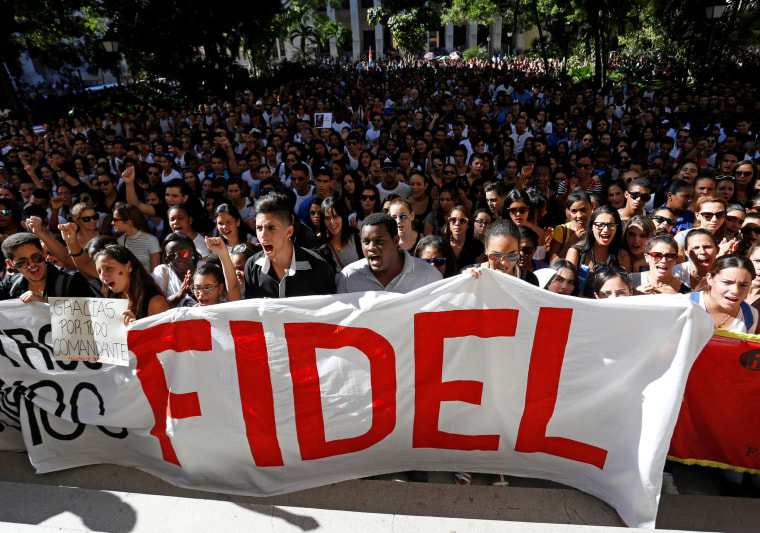 Image: Students of Havana University pay tribute to Cuba's late President Fidel Castro in Havana