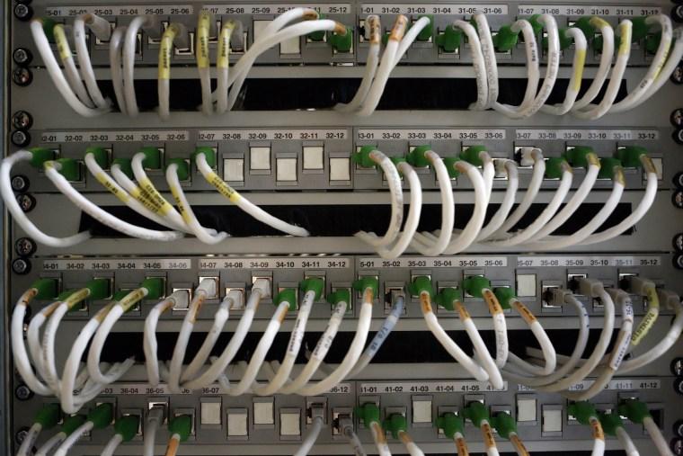FRANCE-EU-US-TELECOM-SECURITY-INTELLIGENCE-INTERNET