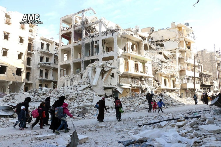 Image: Displaced people in Aleppo