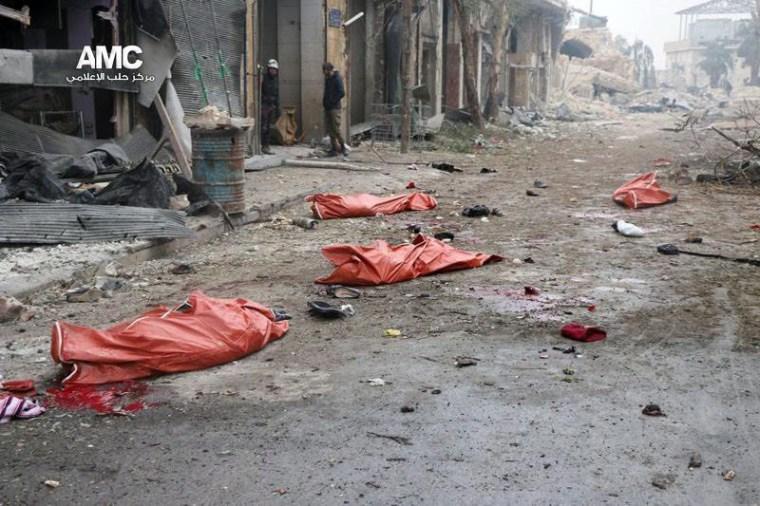 Image: Bombing on Aleppo kills 45 displaced people