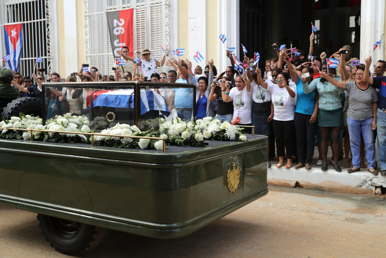 Image: Fidel Castro's Remains Travel Across Cuba Ahead Of His Burial