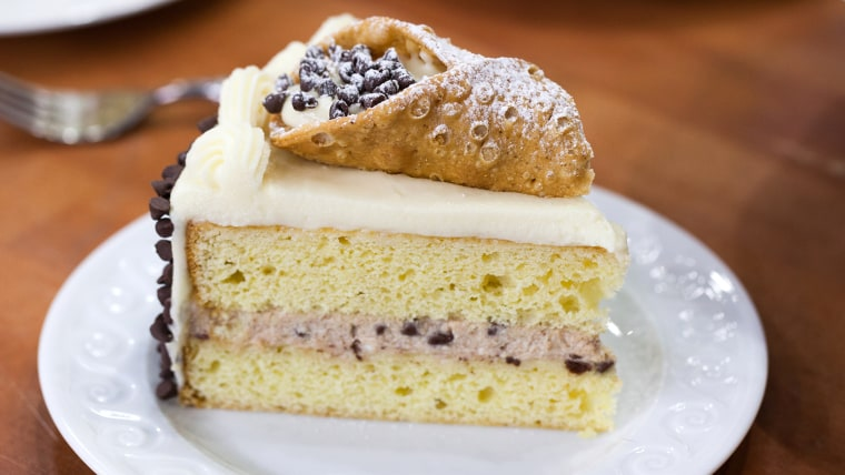 Elisa Constantini shares her recipes for scrumptious prosciutto-stuffed chicken breasts, plus a guest-worthy cannoli cake. TODAY, December 6th 2016.