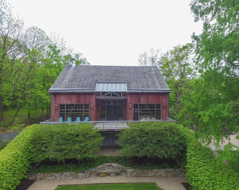 Farmhouse with a barn in Pennsylvania