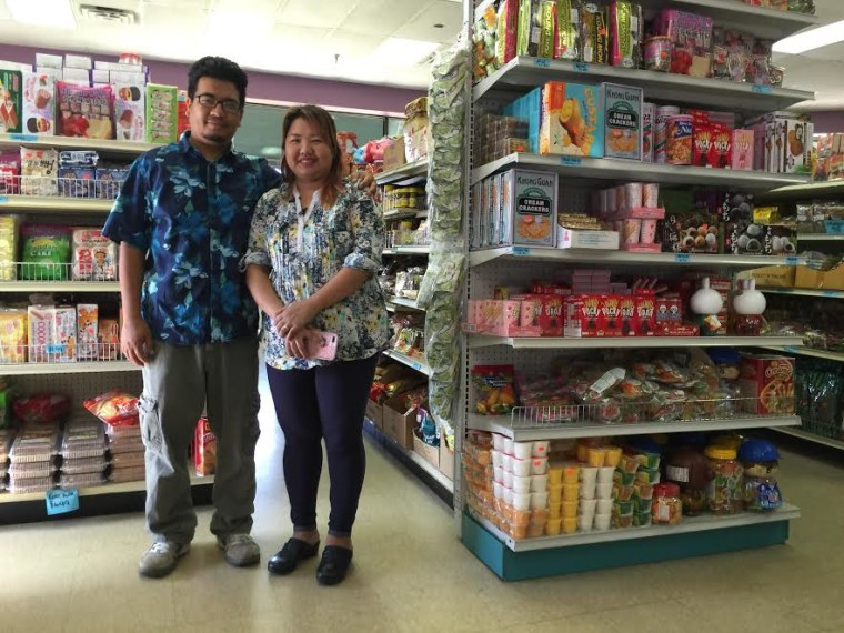 Cin Sianmang Hatlang moved to Oklahoma without knowing English. 10 years later, he owns his own store.