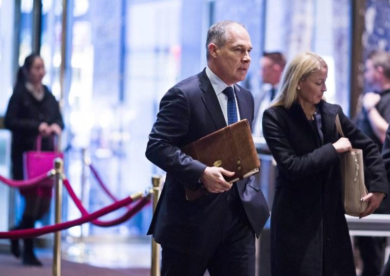 Image: Scott Pruitt arrives at Trump Tower in Manhattan