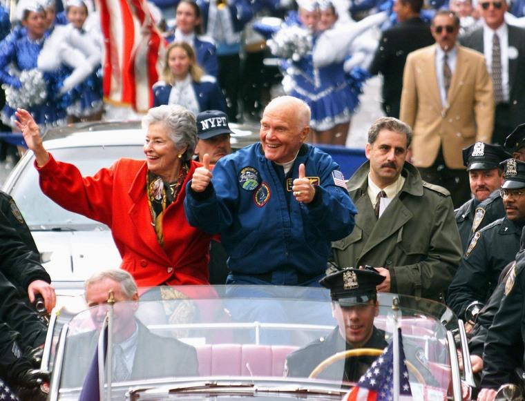 Image: US Senator and astronaut John Glenn (R) and his wi