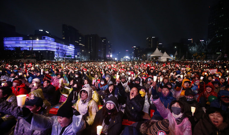 Image: South Korean protest against President Park Geun-Hye in Seoul