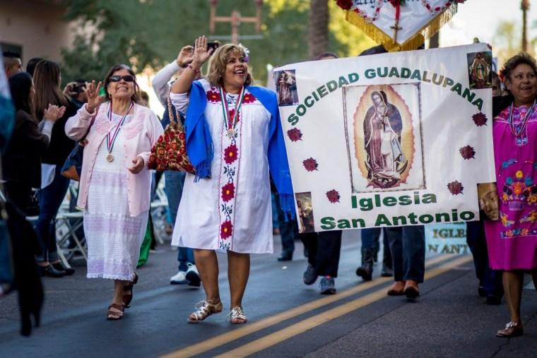 Marchers at event celebrating Our Lady of Guadalupe, Phoenix AZ, December 2015  (Courtesy Roman Catholic Diocese, Phoenix).
