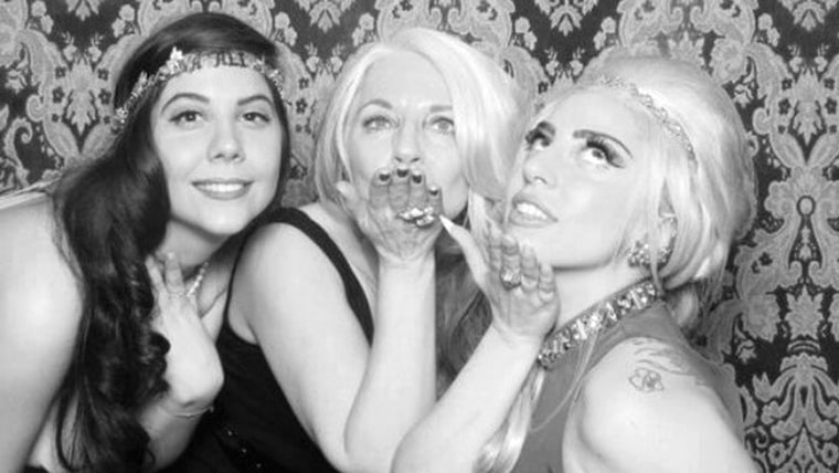 Lady Gaga (right), her mother Cynthia Germanotta (center) and her sister Natali