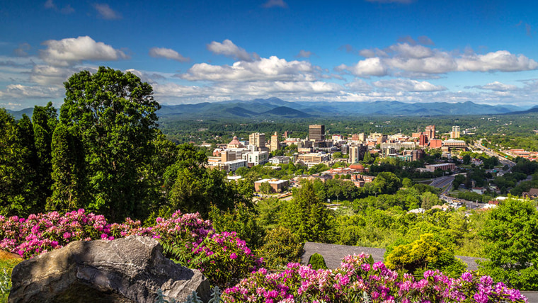 Asheville, North Carolina, tops the 10 best places to visit in the US list