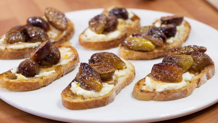 Ina Garten's Fig and Goat Cheese Bruschetta