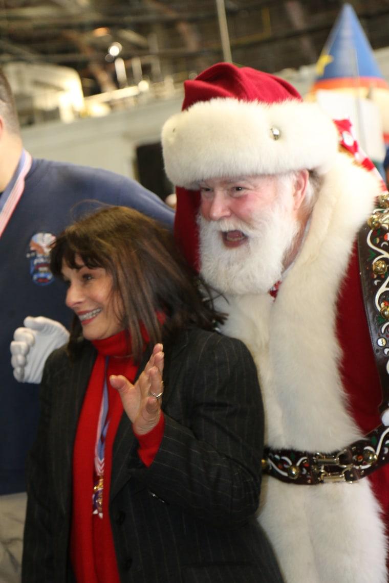 Santa smiles with Shelley Della Rocca