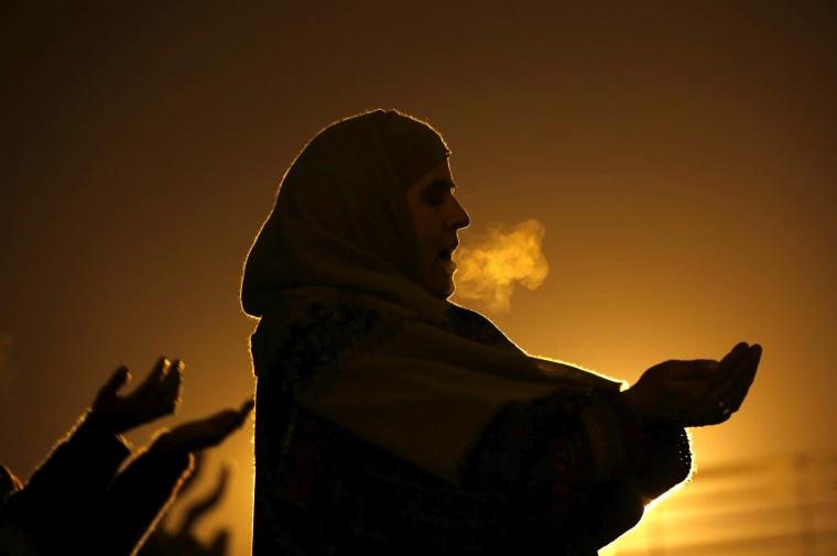 Image: Islamic festival of Eid-e-Milad in Kashmir