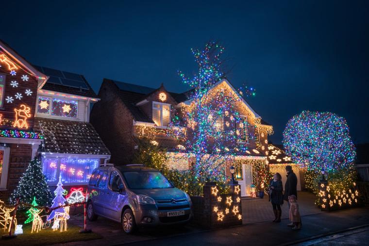 Image: Households In Burnham-on-Sea Light Up For Christmas